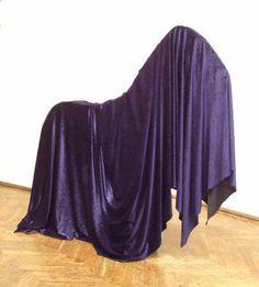 Henk Visch    Alles van buiten    130x140x35 cm, 2002
