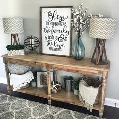 33 Charming Rustic Living Room Wall Decor Ideas for a Fabulous Relaxing Space - The Trending House Farmhouse Style Kitchen, Modern Farmhouse Kitchens, Farmhouse Decor, Country Decor, Urban Farmhouse, Kitchen Rustic, Farmhouse Furniture, Vintage Farmhouse, Country Farmhouse