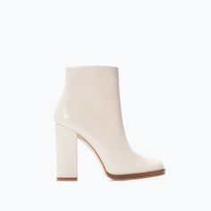 Image 1 of WIDE-HEELED LEATHER BOOTIE from Zara