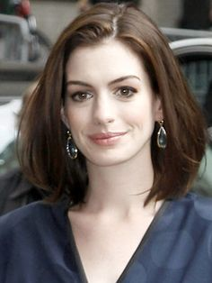 Anne Hathaway Hairstyles | September 30, 2008 | DailyMakeover.com