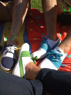 Jojo: the end of these lovely sneakers   http://divineshape.blogspot.pt/2012/04/jojo-end-of-these-lovely-sneakers.html