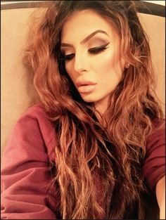 Faryal Makhdoom Khan, Eye Makeup, Hair Makeup, Selfie Poses, Long Locks, Hair Goals, Makeup Looks, Beautiful Women, Long Hair Styles