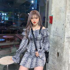 Ulzzang Korean Girl, Cute Korean Girl, Cute Little Things, Aesthetic Girl, Your Girl, Hair Inspiration, Cute Girls, Korean Fashion, Natural Hair Styles