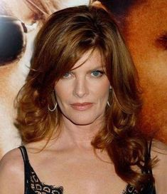 Rene Russo, Natural Red Hair, Natural Redhead, Beautiful Women Over 50, Beautiful Celebrities, Thomas Crown, Burgundy Hair, Ageless Beauty, Aging Gracefully