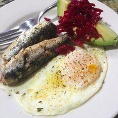 Wild Planet sardines for breakfast!