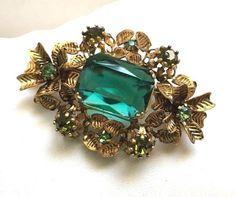 Vintage Jewelry Brooch/Pin Gold tone Green Glass Rhinestones Prongs Austria #Unknown