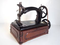 "VICTORIAN "" AMERICAN NO 5 "" ANTIQUE HAND SEWING MACHINE - CIRCA 1872"
