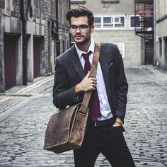 Brown Medium Messenger Bag https://www.scaramangashop.co.uk/item/4636/94/Leather-Work-Bags/Mens-Leather-Messenger-Bag-Medium-15-Inch.html