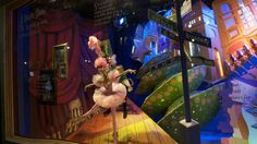 'Tis the season to stroll by Macy's storefront windows