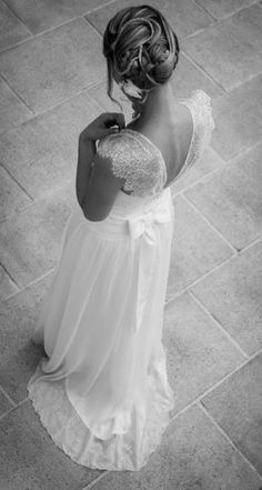 """Si vous n'êtes pas encore décidée à dire """"oui"""" à votre amoureux, cette sélection de robes absolument sublimes pourrait bien vous faire changer d'avis... Et si vous avez déjà prévu votre..."""