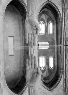 Fotógrafo Arno Rafael Minkkinen - Interiors and Exteriors