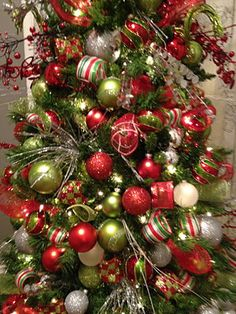 1000 images about lime and red christmas tree on for Christmas tree with red and silver decorations