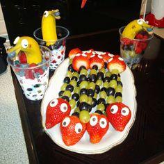 Obstteller für das Frühstücksbuffet im Kindergarten Tips & Tricks, Kindergarten, Breakfast, Food, Dolphins, Morning Coffee, Preschool, Kindergartens, Meals