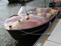 Wooden Speed Boats, Wood Boats, Runabout Boat, Classic Wooden Boats, Boat Stuff, Classic Motors, Power Boats, Outdoor Decor, Life