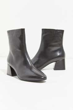 buy popular 258f9 f6749 Vagabond Alice Boot   Urban Outfitters