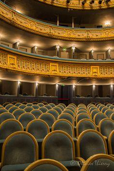 Graslin Theatre - Nantes, Pays-de-la-Loire et maintenant la place en face est toute renovée et si belle!