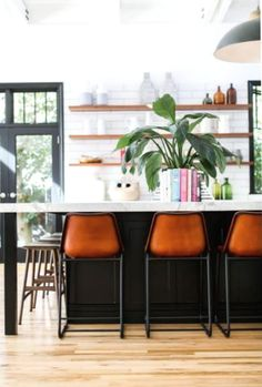 perfectly bright family kitchen byPrairie Home Styling