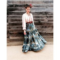 How Much Fun is our Designer @jennychaseinc 's Halloween Costume?!#fridakahlo #halloween