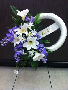 Easter memorial wreath 1 store 4930