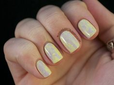 Marble nail look with saran wrap