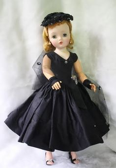 Cissy Doll in Couture Gown Vintage 1950s BEAUTIFUL