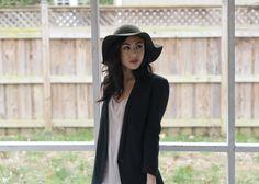 Floppy hat + blazer: favorite fall essentials