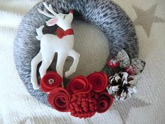 felt reindeer ornaments | Christmas Reindeer Wreath - Red Felt & Gray Yarn Door Wreath 8 in