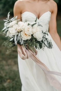 Soft colored bouquet - add pops of color!
