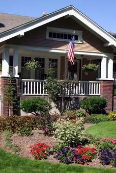 I must say the craftsman is my favorite style home. I would love to find an old one to renovate