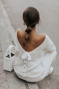 Fall in White (Collage Vintage) Fall Fashion Outfits, Knit Fashion, Autumn Fashion, Womens Fashion, Collage Vintage, White Outfits, Look Cool, Refashion, Ideias Fashion