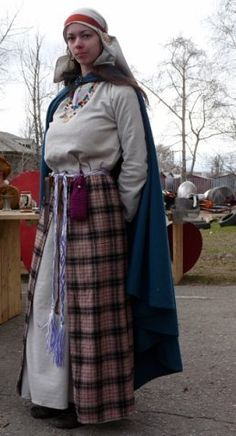 Slavic woman of the Vyatich tribe (see temple rings)