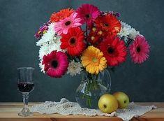 Gerbera, Glass Vase, Home Decor, Canvas Art, Flowers, Everything, Decoration Home, Room Decor, Home Interior Design