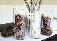 20 Fall Decor Ideas for the Whole Home Using Neutrals  I like the newspaper strips