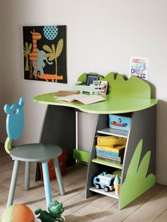 La vie en taupe on pinterest tour de lit bebe and safari for Bureau enfant vert baudet