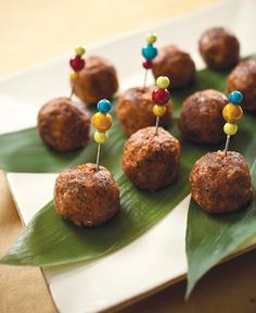 Walnut Meat-less Balls (for gluten free omit wheat germ and substitute flax seed- use GF Tamari) Vegetarian Meatballs, Vegetarian Entrees, Vegetarian Cooking, Corn Dog Muffins, Cookbook Recipes, Raw Food Recipes, Cooking Recipes, Healthy Recipes, Simple Recipes