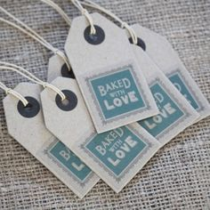 East of India Baked With Love Brown Kraft Vintage Style Tags / Luggage Tags x 6. They are great for making homemade wedding favous, homemade cakes for friends and families or for baked goodies to sell.