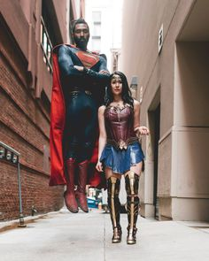 Photo by Walt Burns Man of Steel Cosplay by jonathan belle Black Superman, Superman Logo, Val Zod, Superman Cosplay, Minecraft Drawings, Superman Movies, Clark Kent, Man Of Steel, Storytelling