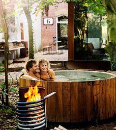 Dutchtub Wood: outdoor tub with natural design • Weltevree