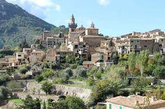 Valldemossa beherbergt das Museo Municiapl, welches Werke von Joan Miró und Pablo Picasso ausstellt