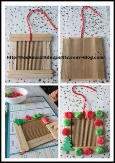 - Petit cadeau pour les mamie pour Noel , un cadre en bâton de glace décoré par mon loulou de 18 mois avec des playmais couleur Noel + un petit sapin vert en mousse . - pour le cadre en bâton de glace il vous faudra 2 bâtons de chaque côté + 2 superposés...