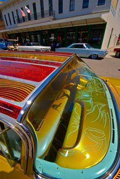 Awesome Bass Boat Metal Flake & Pinstripes! Old School Goodness!!