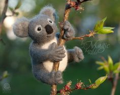 Felted koala, felt animal, wool toy, needle felted creature, gift, Australia