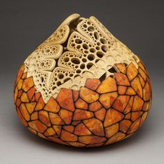 Resultado de imagem para Cacti Skeleton Gourd Art Vase by Sue Brogdon Hand Painted Gourds, Decorative Gourds, Wood Burning Patterns, Art Carved, Gourd Art, Wood Sculpture, Organic Sculpture, Art Pieces, Arts And Crafts