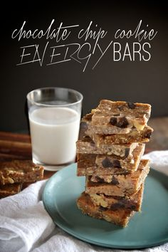 Chocolate Chip Cookie Energy Bars - shutterbean (use gluten free oats)