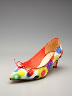 cute colorful low heels... Michelle Obama style... She makes the low heel look so good