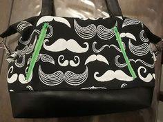 Barbara Emeric sur Instagram: Vous ne pouvez pas savoir à quel point je suis heureuse de ce nouveau sac ! Il est d'un classe !!!! J'en suis trop fan. (Oui, je change de…