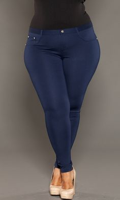 Lightweight, super stretchy plus size jeggings! We can't get enough of these soft jeggings. Whether your bootyliscious or straight in shape, these will skim your curves and show your natural assets.