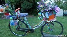 Bicycle covered in knitting at Murray Edwards :) http://www.bbc.co.uk/news/uk-england-cambridgeshire-19947381#