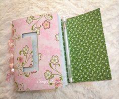 Parte interna do Sketchbook. Feito em aula no atelier Scrap by Angie.