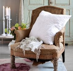 This looks like some of the shabby chairs I've crammed in my little cars and drug home over the years. Living At Home, My Living Room, Burlap Chair, Rustic Chair, Home Goods Decor, Home Decor, French Country Living Room, Decoration Originale, Take A Seat